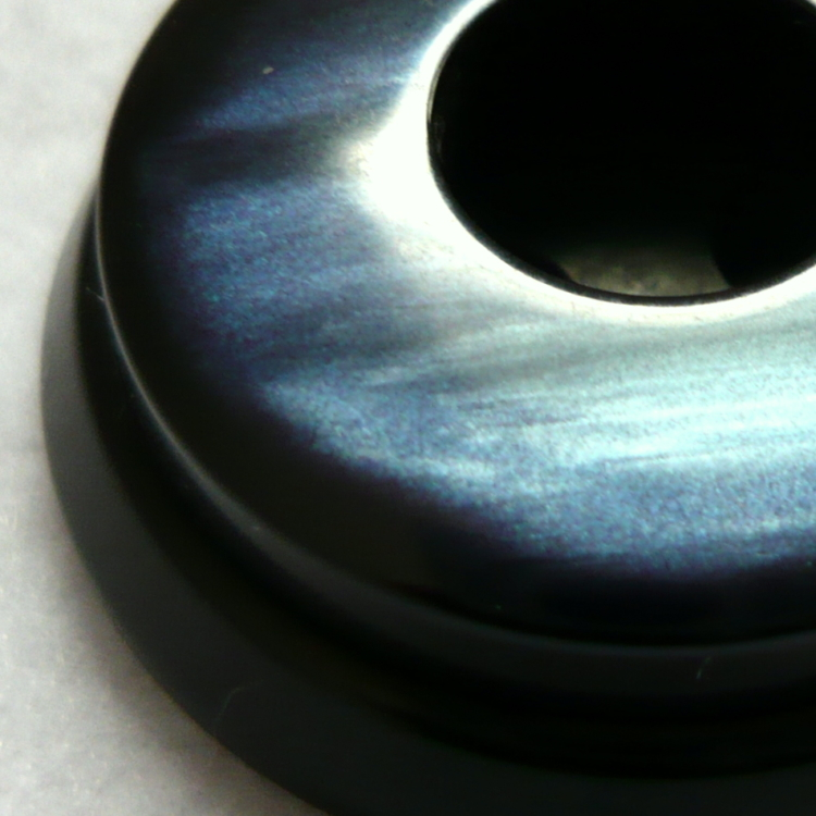 Bottone in resina anni 80