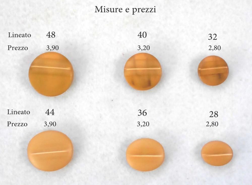 Bellissimo bottoni nelle forme ovale e tondo