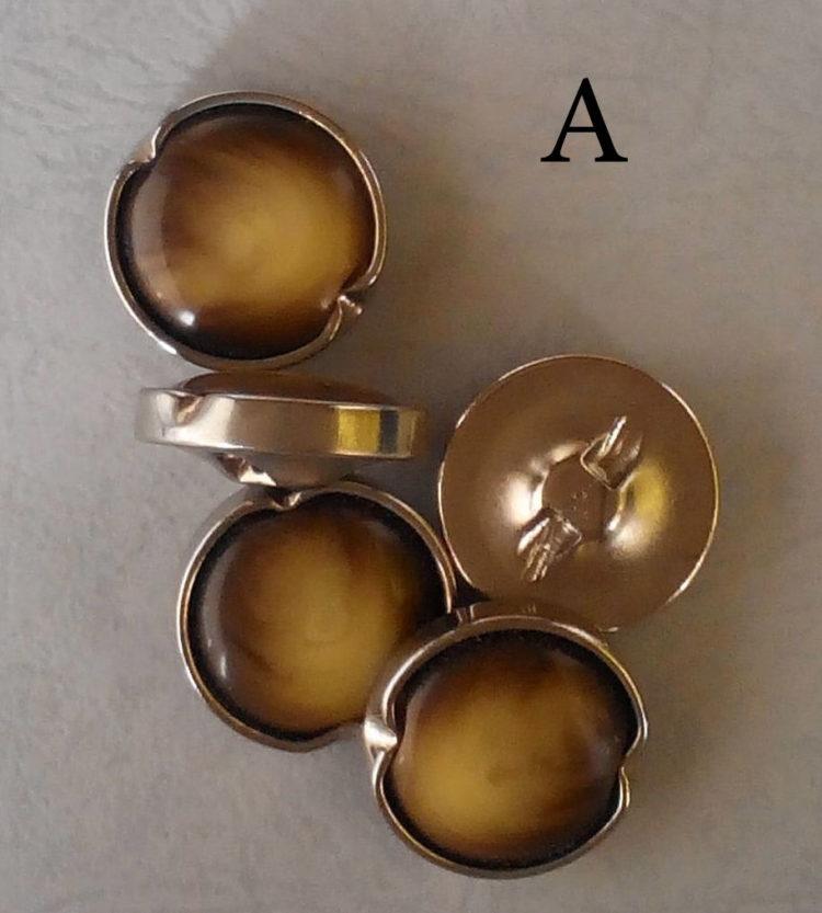 Set di bottoni vintage degli anni 60/70/80