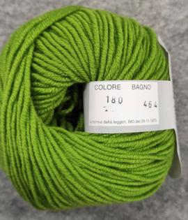 Gomitolo lana merinos cinque capi col. 180